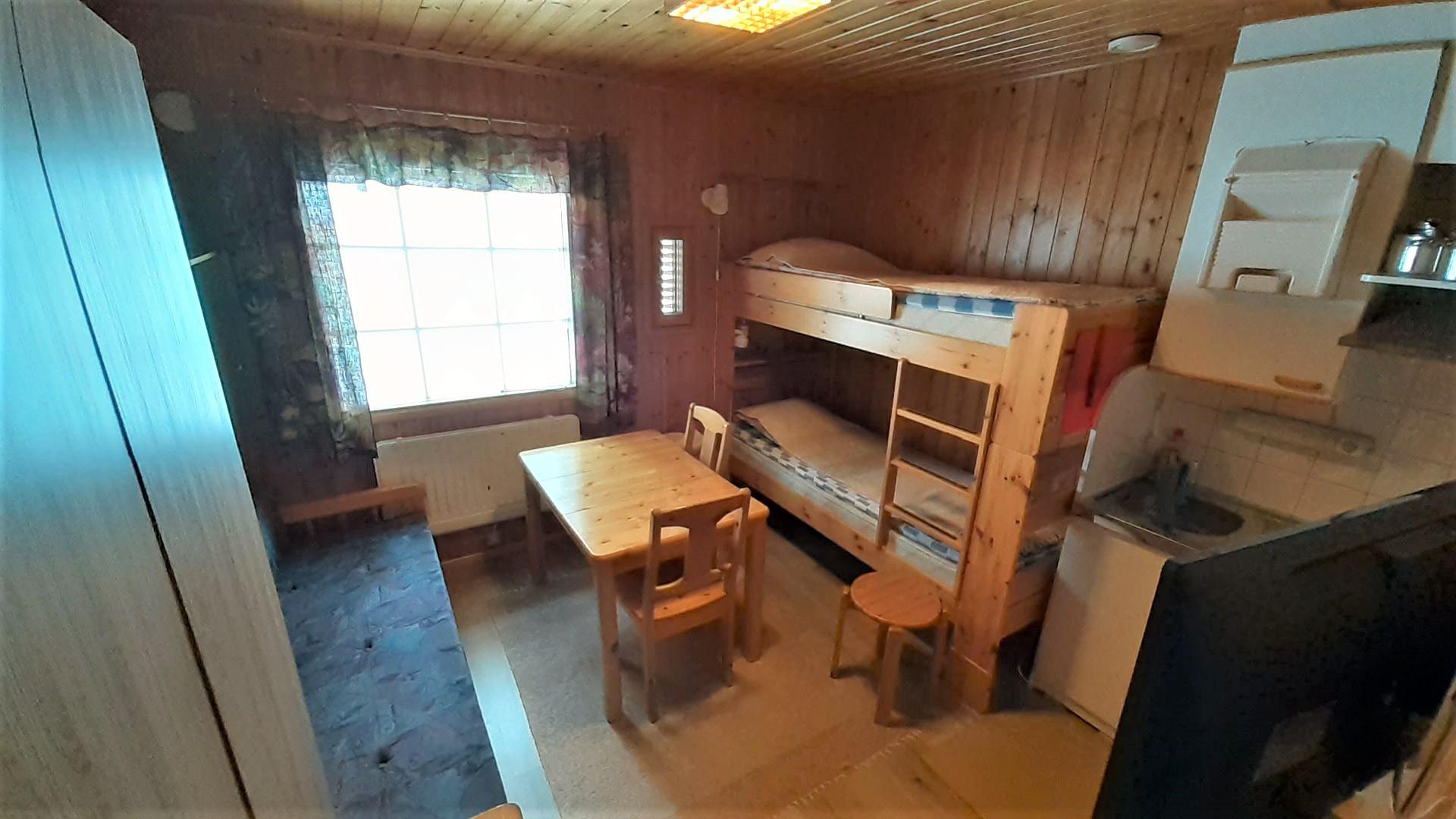 B-siiven pieni huone